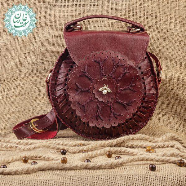 کیف دوشی گرد زنانه کاملیا